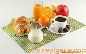 Pourquoi ne pas prendre de petit déjeuner fait-il grossir ?