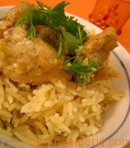 Poulet mariné au yaourt et riz à l'indienne