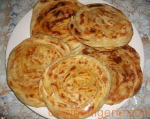 Meloui (crêpe feuilletée marocaine)