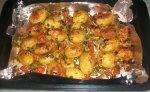 Petites pommes de terre gratinées au four