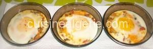 Œufs cocotte aux légumes et fromage