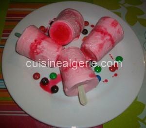 Sucettes glacées fraise