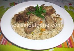 Riz aux légumes et viande d'agneau
