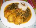 Curry de poulet aux épinards (plat indien)