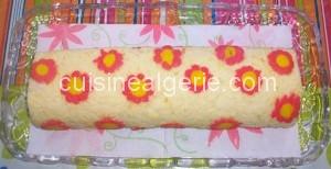 Biscuit roulé décor fleurs