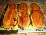 Mini paninis aux oignons et fromage