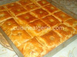 Cocas algériennes ( à la pâte feuilletée magique)