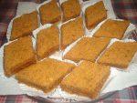 Gâteau au miel et confiture