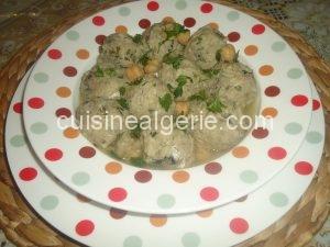 Dolma aux sardines (sauce blanche)