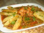 Haricots verts en sauce rouge