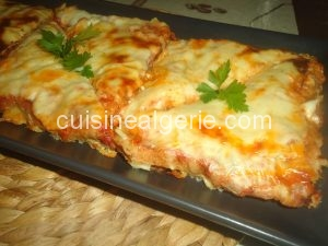 Pain toast genre lasagnes