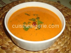 Soupe poivrons rouges-tomates